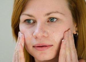 péče o pleť při akné, kosmetika Pleva