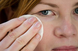čistící kosmetika pro citlivou pleť, Pleva