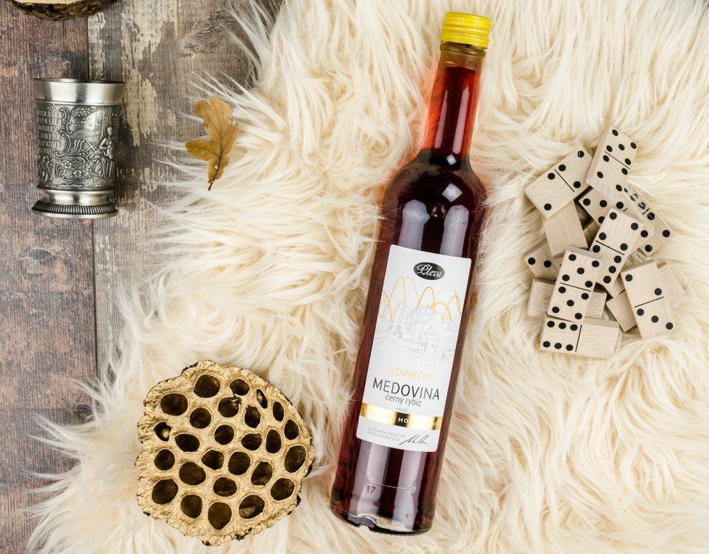 Divoká medovina s černým rybízem 0,5l - limitovaná edice Pleva