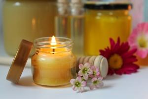 medová masáž účinky, detoxikace