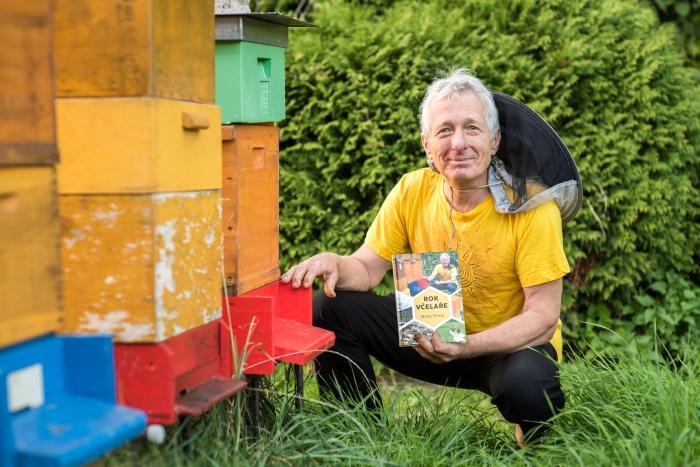 Kniha Rok včelaře - Milan Pleva