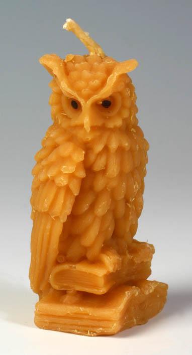 Pleva Svíčka ze včelího vosku - sova velká, výška 9,3 cm