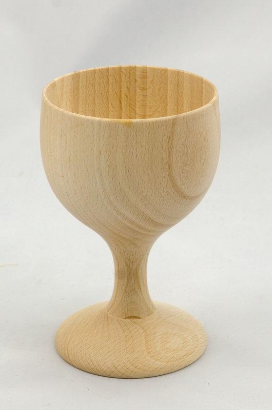 dřevěný kalich pana Jirsy z Dobrušky