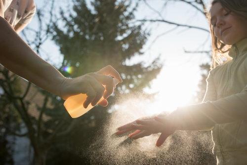 dezinfekční sprej na ruce s propolisem