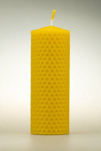 Candle from beeswax, width 40mm, height 100mm