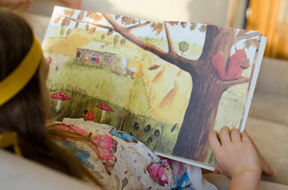Dětská kniha Lumír včelaří