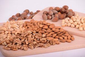 alergie v prosinci, ořechy