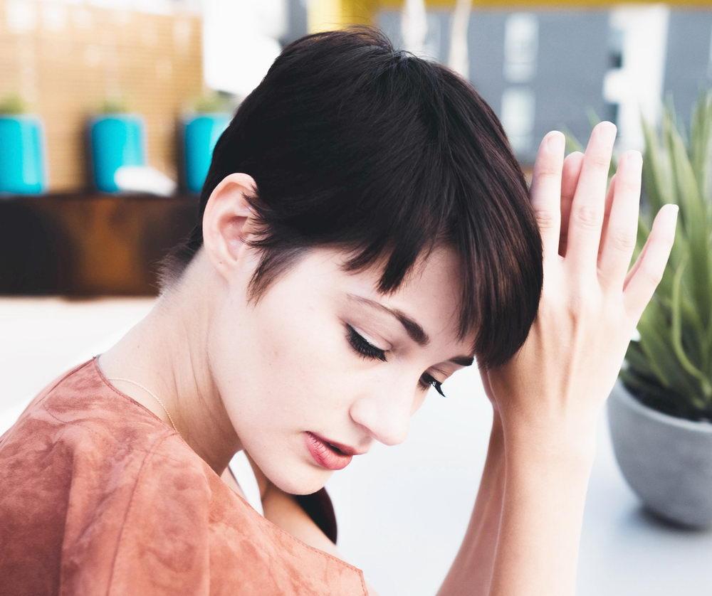 střihy pro jemné vlasy, pixie střih