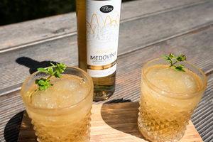 Letní pohanková medovina s bezovým květem, limitovaná edice, pleva