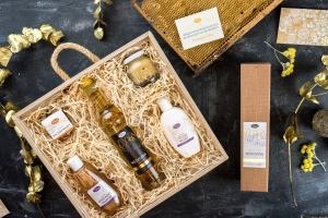 Vánoční dárkové sady, včelí med, medovina, kosmetika se včelími produkty, pleva