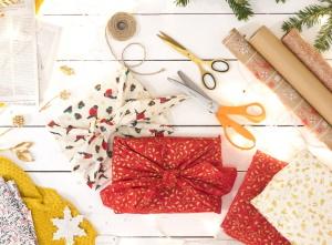 ekologické balení vánočních dárků, japonské balení Furoshiki
