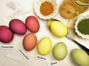 přírodní barvení velikonočních vajec
