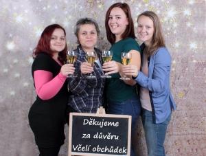 black friday, podpora českých podnikatelů, včelí obchůdek