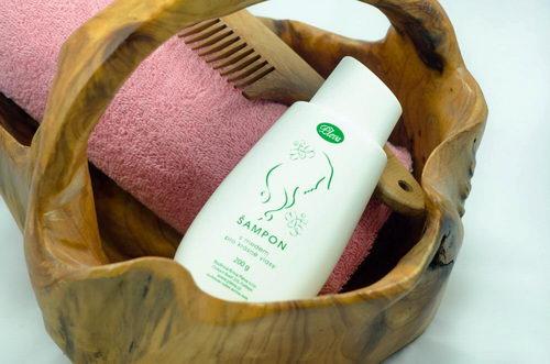 Šampon s medem pro krásné vlasy - pleva