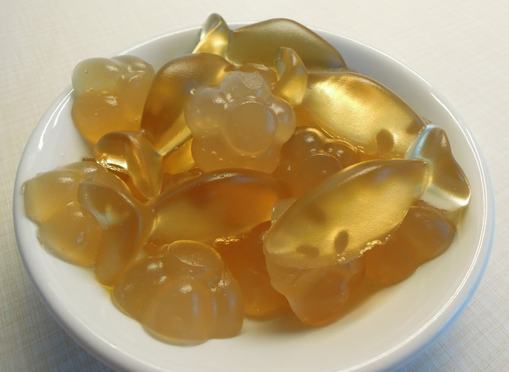zdraví domácí gumový medvídci s medem