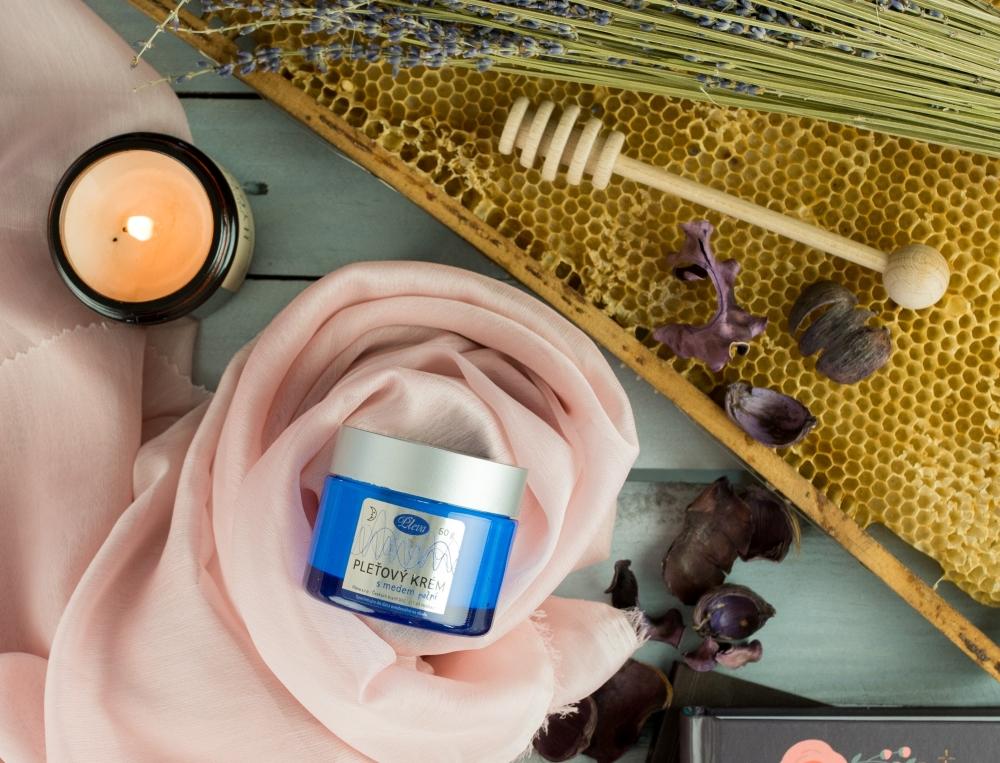 Night cream with honey, Pleva