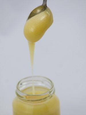užívání mateří kašičky, mateří kašička v medu