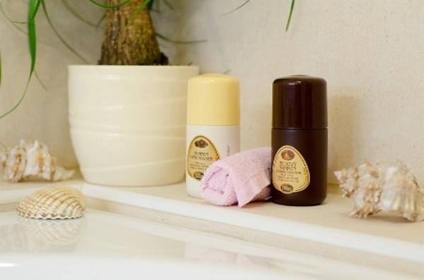 šampon s porpolisem a medový šampon s kondicionérem