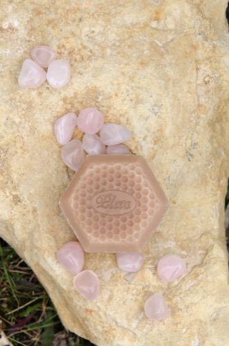 Mýdlo, které překvapí, Rodinná firma Pleva