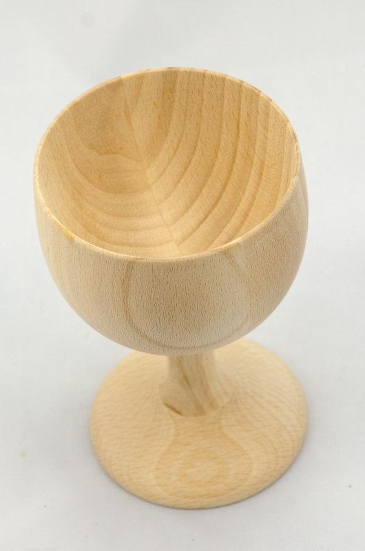 Dřevěný kalich