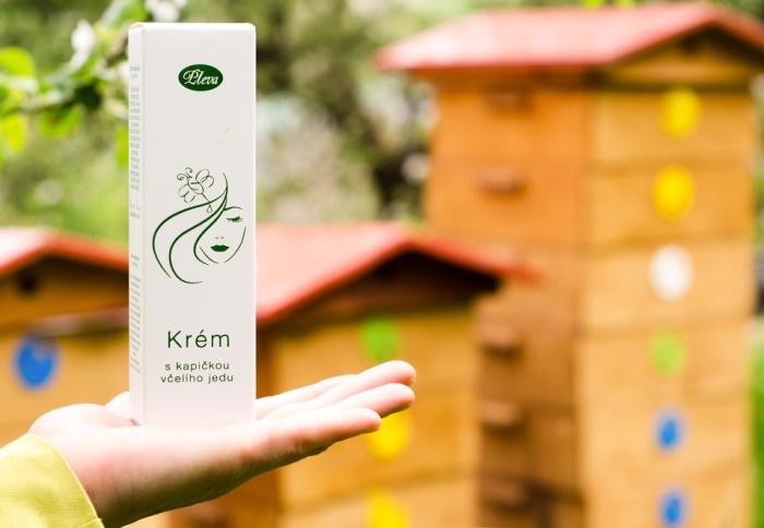 péče o citlivou pleť, Krém s kapičkou včelího jedu
