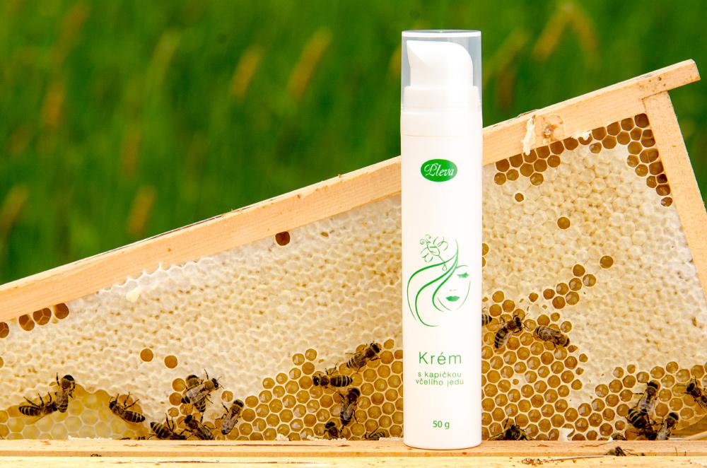 Krém s kapičkou včelího jedu