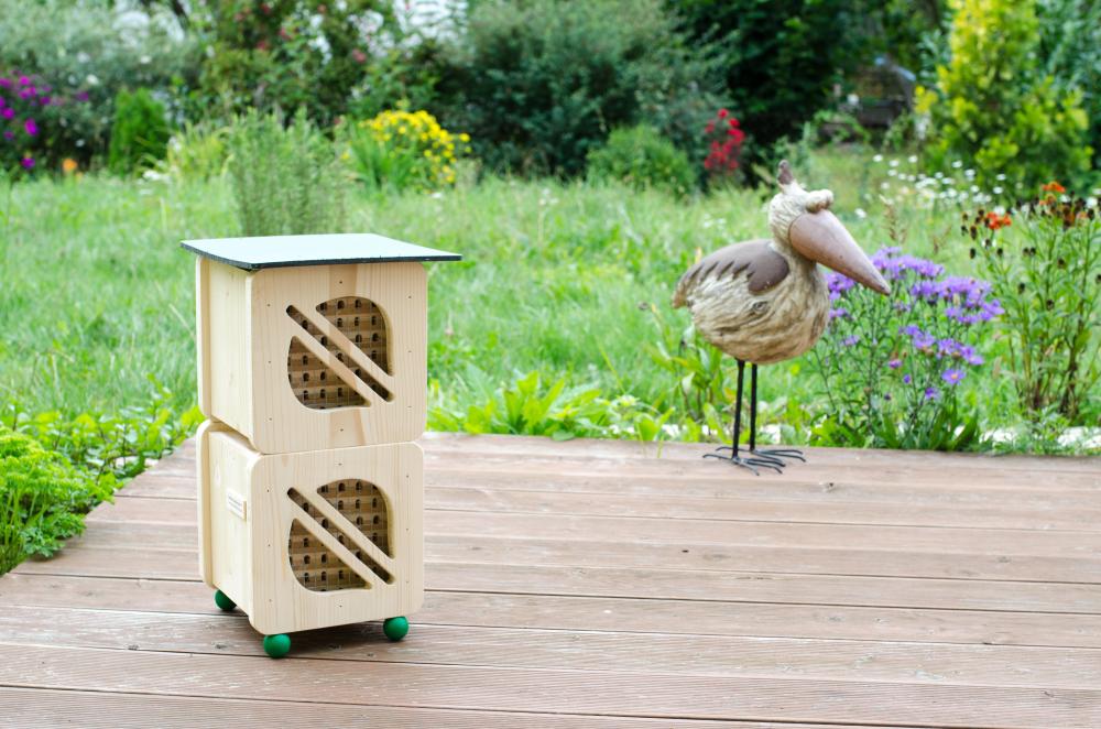 Hmyzí hotel pro včelky samotářky - dvojitý