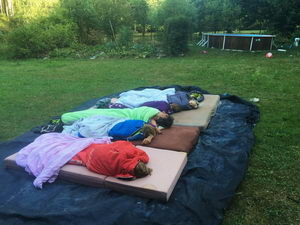 Mikrodobrodružství, spaní pod širým nebem