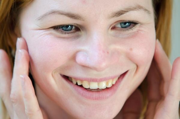 jak udělat masáž obličeje