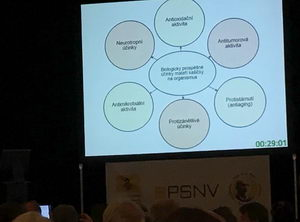 Mezinárodní apiterapeutická konference Kdyně, Mateří kašička a její využití vůči bakteriální rezistenci, Mgr. Silvie Dostálková