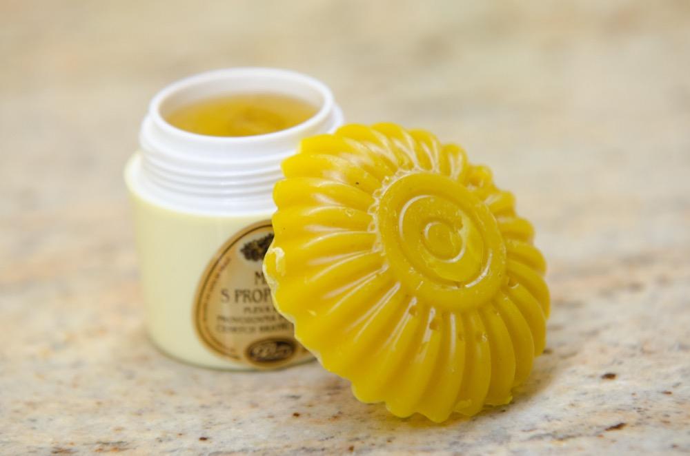 Panenský včelí vosk na různé použití